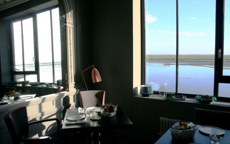 hotel les pilotes st valery sur somme france my. Black Bedroom Furniture Sets. Home Design Ideas