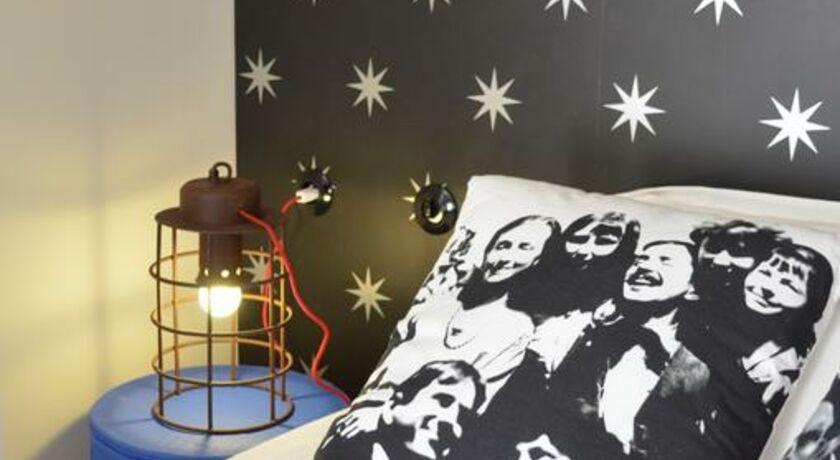 hotel les pilotes st valery sur somme frankreich. Black Bedroom Furniture Sets. Home Design Ideas