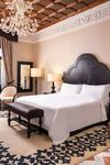 Grand Deluxe Room, Guest room, 1 King