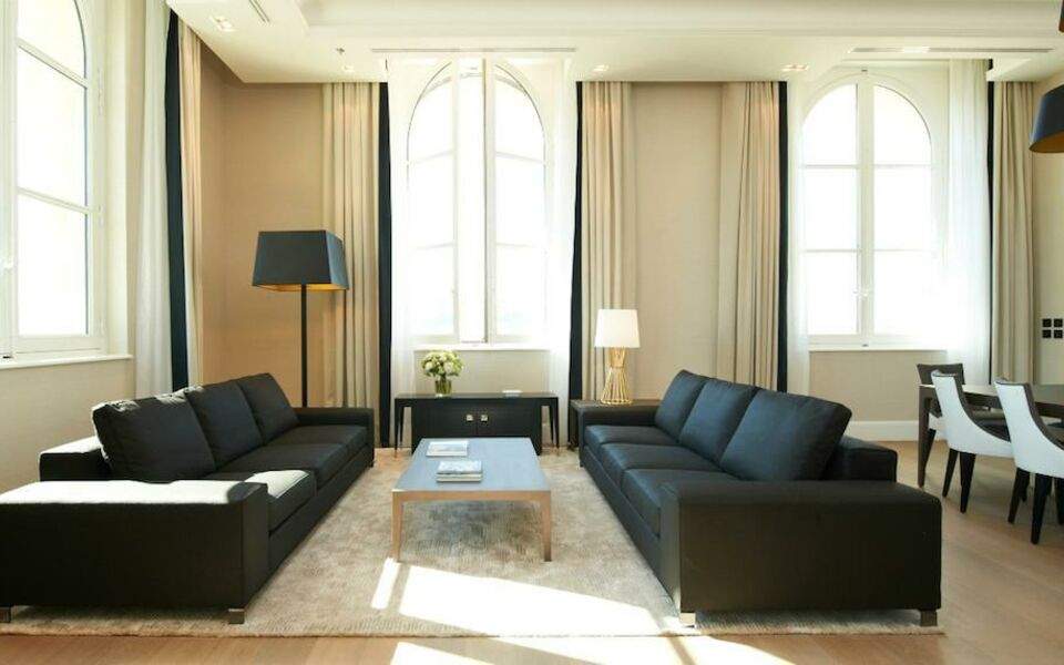 Intercontinental marseille hotel dieu a design boutique for Hotel design marseille