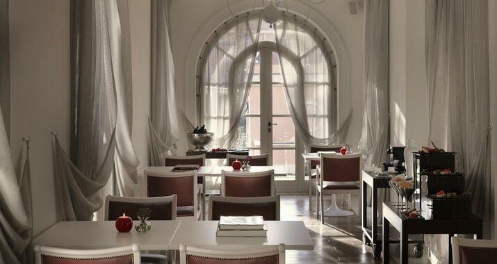 Gran melia rome a design boutique hotel rome italy for Rome gran melia hotel