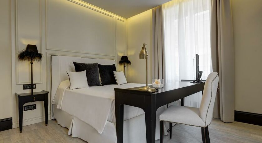Hotel Generator Roma