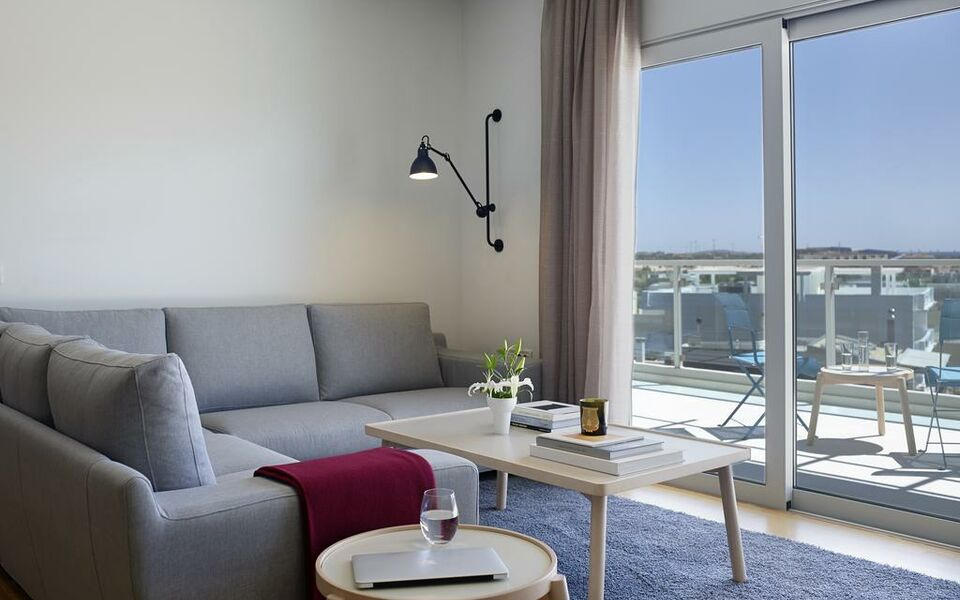 Scale Suites, Athens (20)