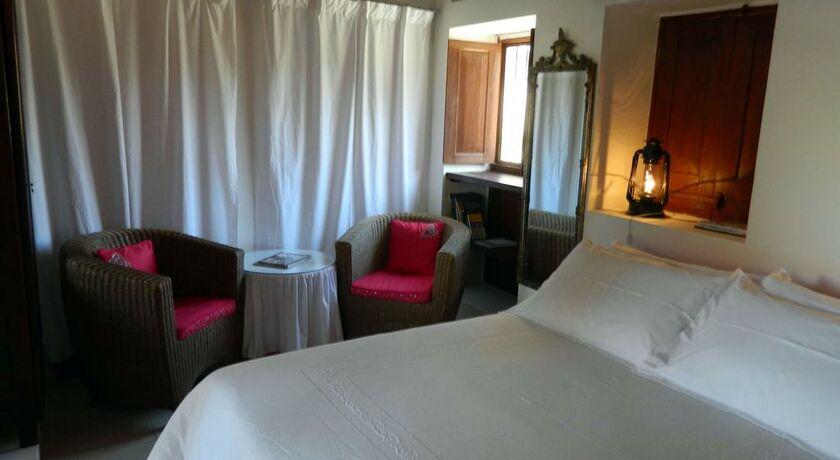 Xva art hotel a design boutique hotel dubai united arab for Vida boutique hotel dubai