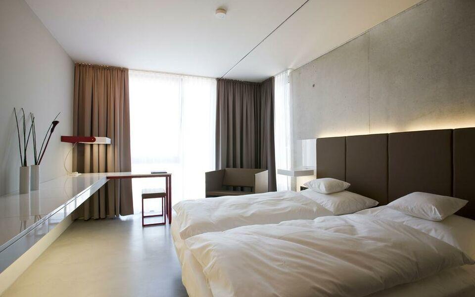 burns art cologne cologne allemagne my boutique hotel. Black Bedroom Furniture Sets. Home Design Ideas