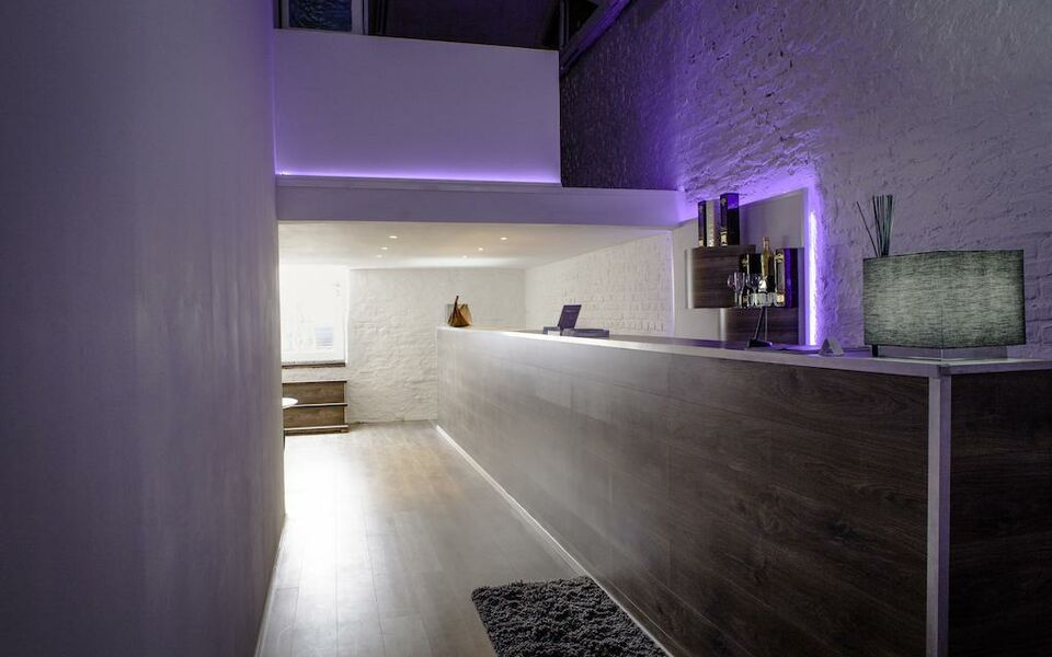 Gallery loft cologne a design boutique hotel k ln germany for Design hotel koeln