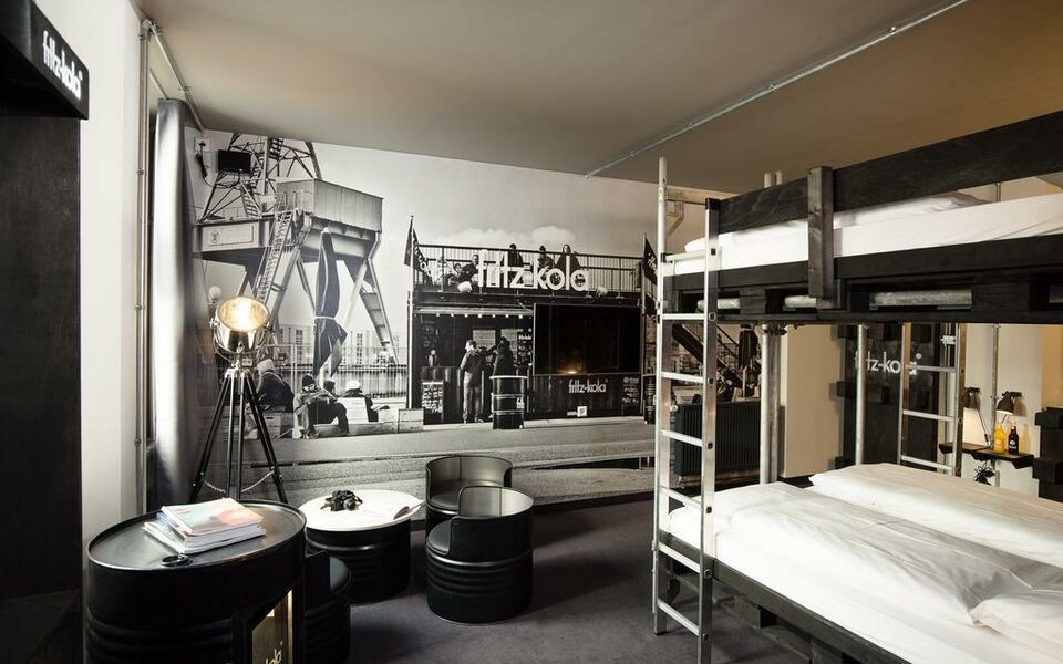 superbude hotel hostel st georg a design boutique hotel hamburg germany. Black Bedroom Furniture Sets. Home Design Ideas