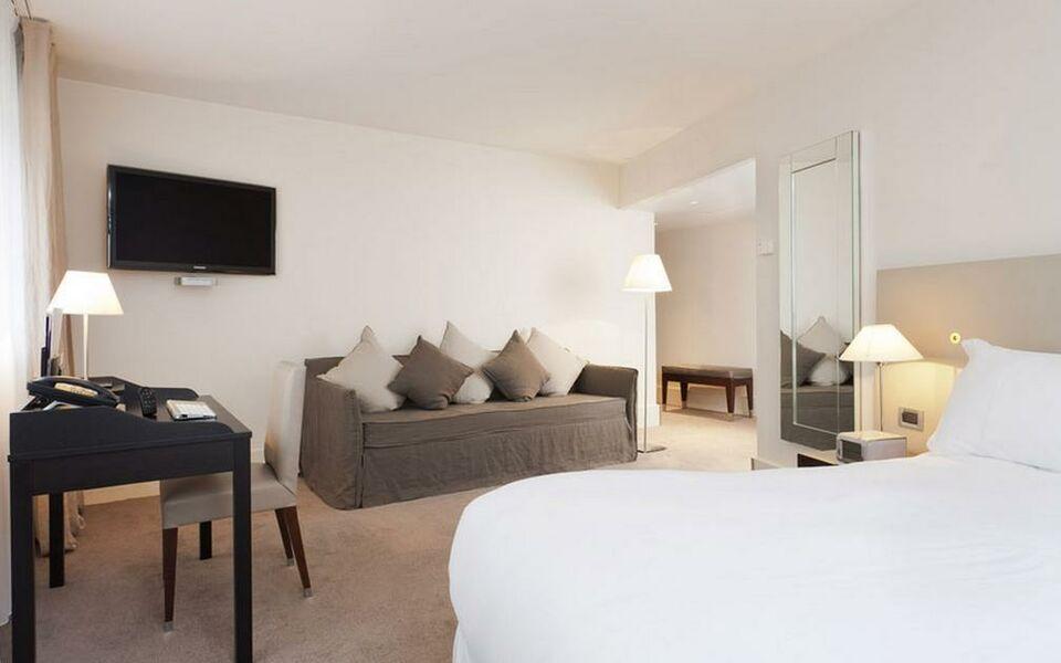 la maison champs elys es a design boutique hotel paris france. Black Bedroom Furniture Sets. Home Design Ideas