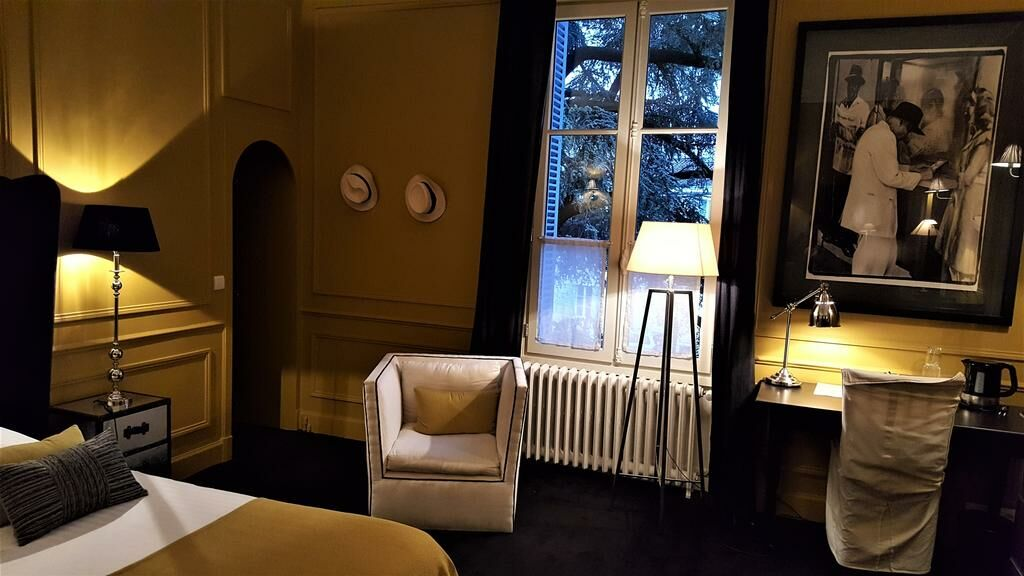 maison la porte rouge niort france my boutique hotel. Black Bedroom Furniture Sets. Home Design Ideas