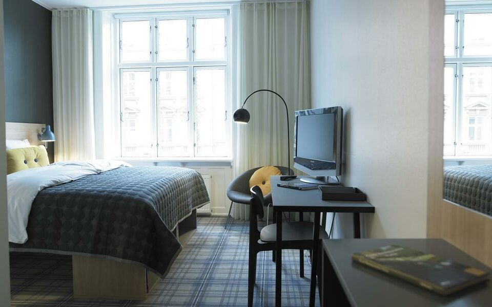 ibsens hotel a design boutique hotel copenhagen denmark. Black Bedroom Furniture Sets. Home Design Ideas