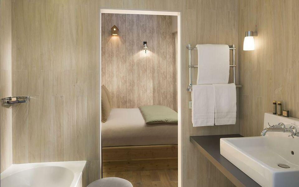 les plumes hotel paris frankreich. Black Bedroom Furniture Sets. Home Design Ideas