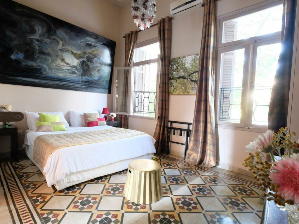 Awe Inspiring Villa Clara Boutique Hotel A Design Boutique Hotel Beirut Home Interior And Landscaping Spoatsignezvosmurscom