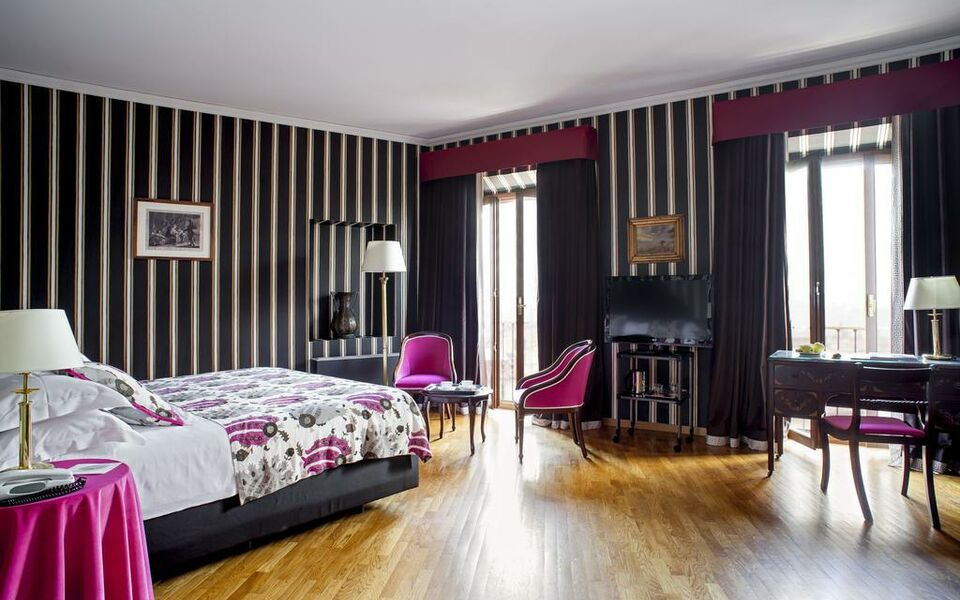 Room mate isabella a design boutique hotel florence italy for Design hotels italy