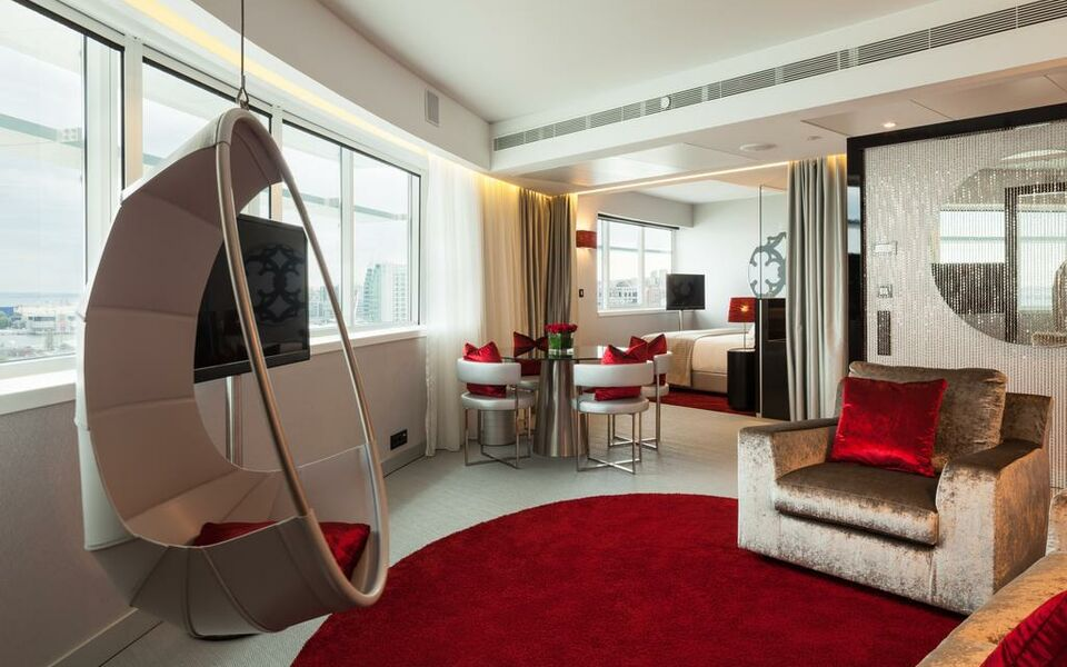 Myriad by sana hotels a design boutique hotel lisbon for Design boutique hotel lisbon
