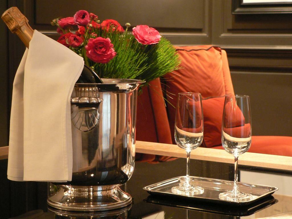 marquis faubourg st honor relais ch teaux paris frankreich. Black Bedroom Furniture Sets. Home Design Ideas