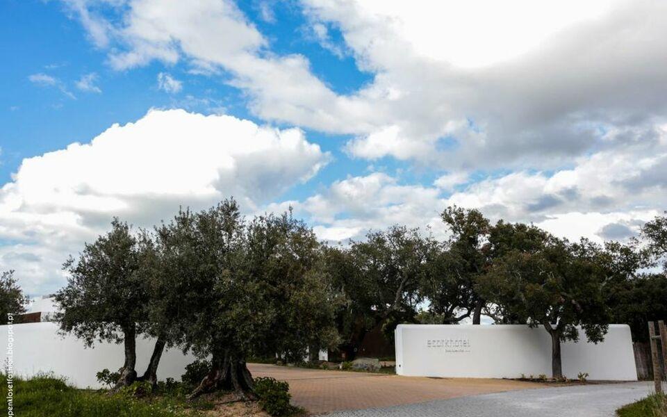 ecorkhotel vora suites spa vora portugal. Black Bedroom Furniture Sets. Home Design Ideas