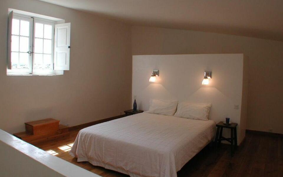 Chambres d 39 h tes ch teau beaupr a design boutique hotel for Design hotel des francs garcons saint sauvant
