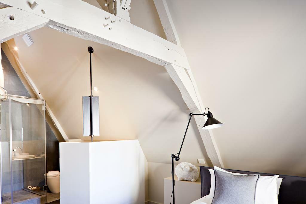 La maison pavie a design boutique hotel dinan france for Boutique decoration maison