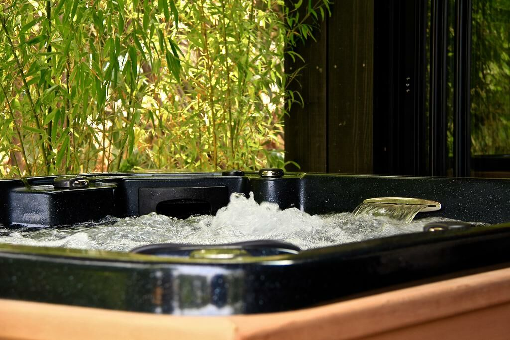 le domaine des pr s verts spa a design boutique hotel jouey france. Black Bedroom Furniture Sets. Home Design Ideas