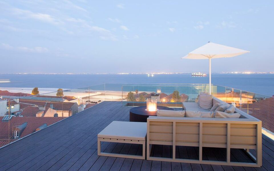 Memmo alfama design hotels lissabon portugal for Designhotel portugal
