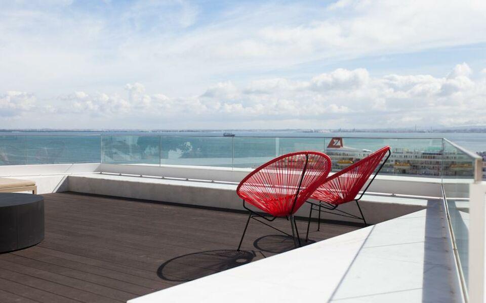 Memmo alfama design hotels a design boutique hotel for Designhotel lissabon