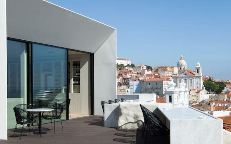Memmo alfama design hotel a design boutique hotel for Design hotel lisbonne