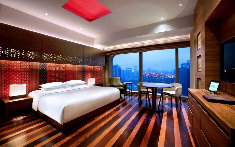 Andaz xintiandi shanghai a design boutique hotel for Bargain boutique hotels