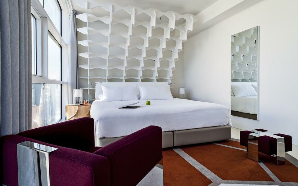 Room mate aitana a design boutique hotel amsterdam for Design boutique hotel nederland