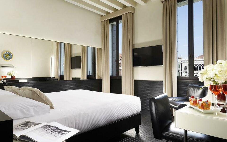 Hotel l 39 orologio a design boutique hotel venice italy for Design hotel venezia