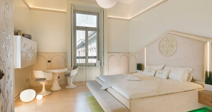 Bed and breakfast milano duomo prevnext with bed and for Bed and breakfast milano