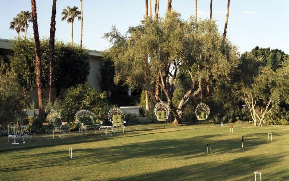 parker palm springs a design boutique hotel palm springs u s a. Black Bedroom Furniture Sets. Home Design Ideas