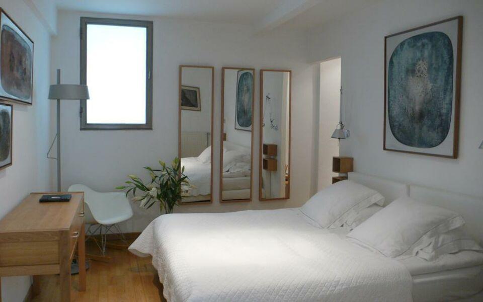 Le limas a design boutique hotel avignon france for Hotel design avignon