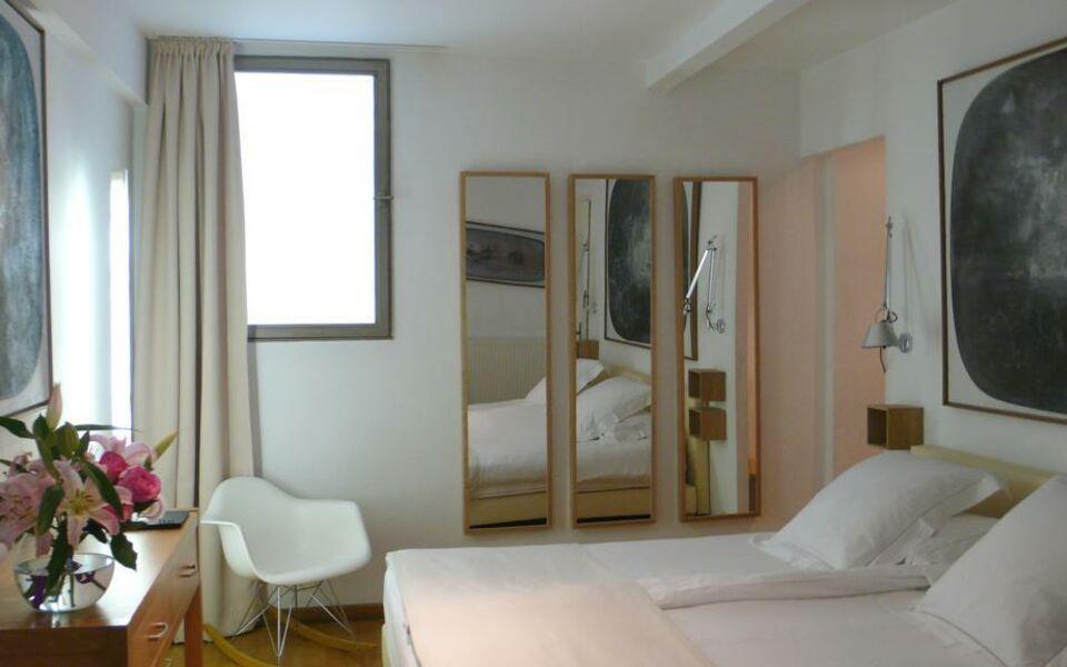 Le limas avignon france my boutique hotel for Boutique hotel avignon