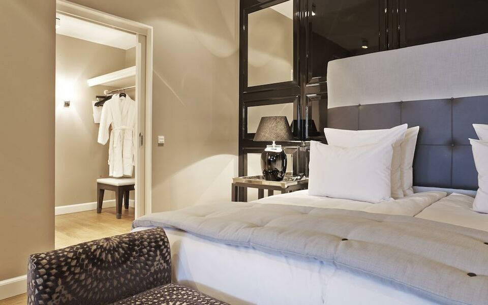 nimb hotel a design boutique hotel copenhagen denmark. Black Bedroom Furniture Sets. Home Design Ideas