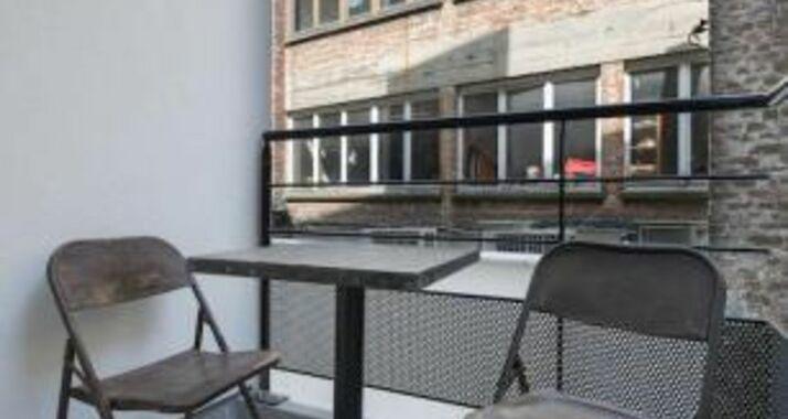 Le coup de coeur apartment grand place iii a design for Appartement design bruxelles