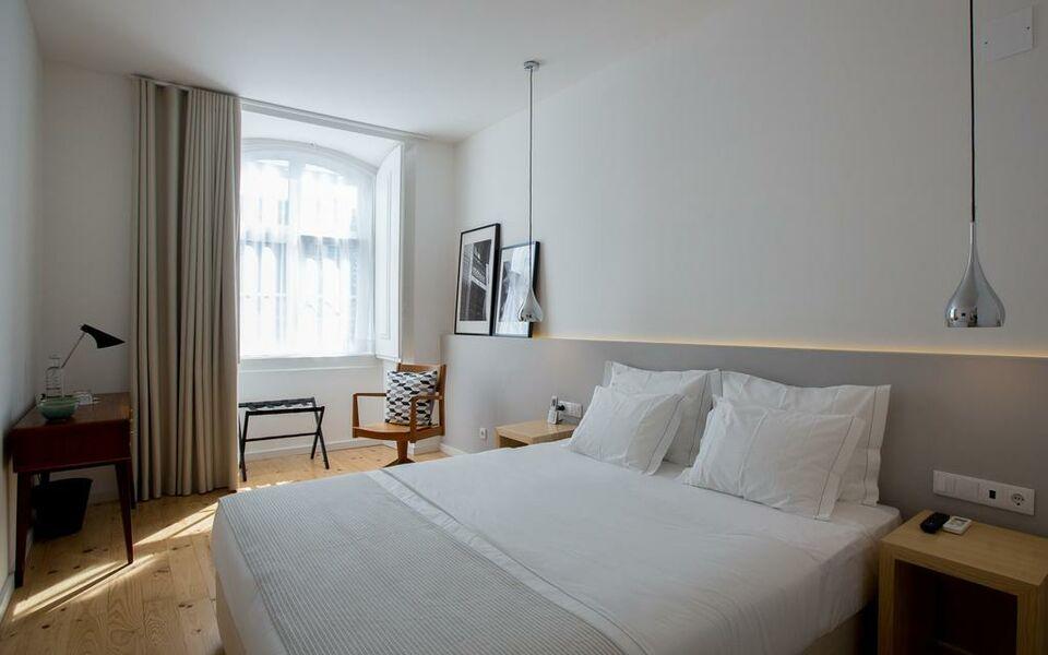 The 8 downtown suites lissabon portugal for Design boutique hotels lissabon