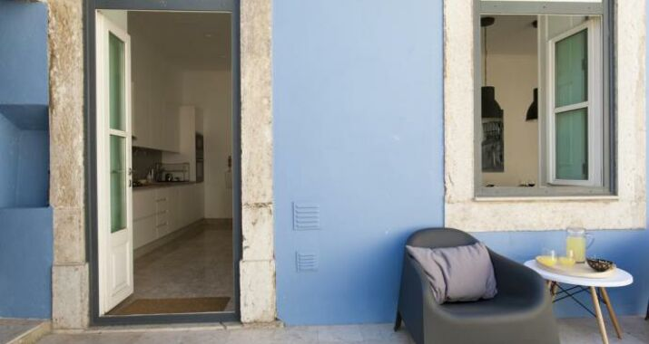 Downtown Blue Apartments | RentExperience, Lisbon (9)
