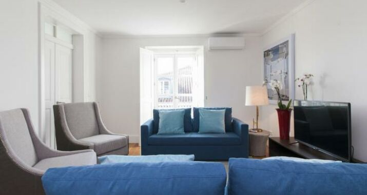 Downtown Blue Apartments | RentExperience, Lisbon (12)