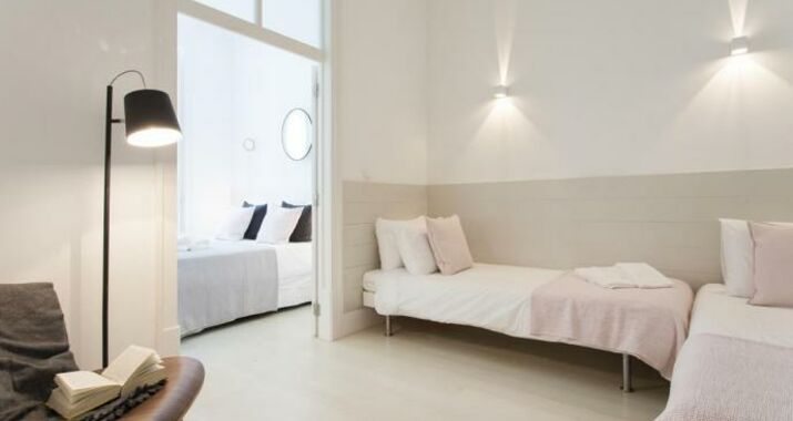 Downtown Blue Apartments | RentExperience, Lisbon (20)