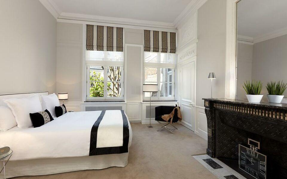 clarance hotel lille a design boutique hotel lille france. Black Bedroom Furniture Sets. Home Design Ideas