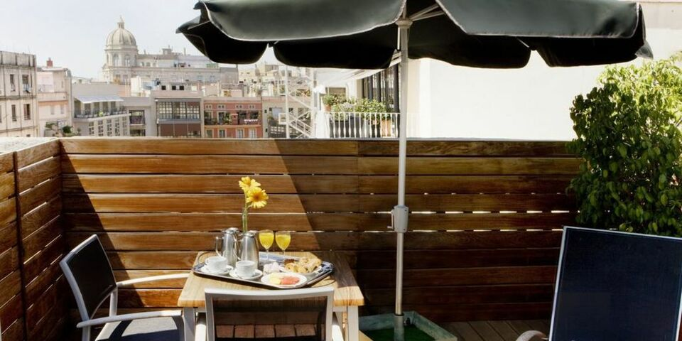 Boutique hotel h10 catalunya plaza a design boutique hotel barcelona spain - Magasin design barcelone ...