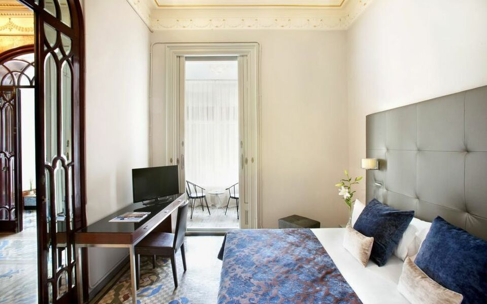 Boutique hotel h10 catalunya plaza a design boutique for Boutique hotel offers
