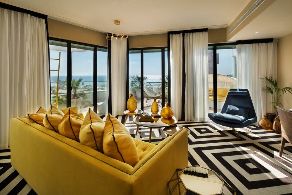 brown beach house by brown hotels tel aviv israel. Black Bedroom Furniture Sets. Home Design Ideas