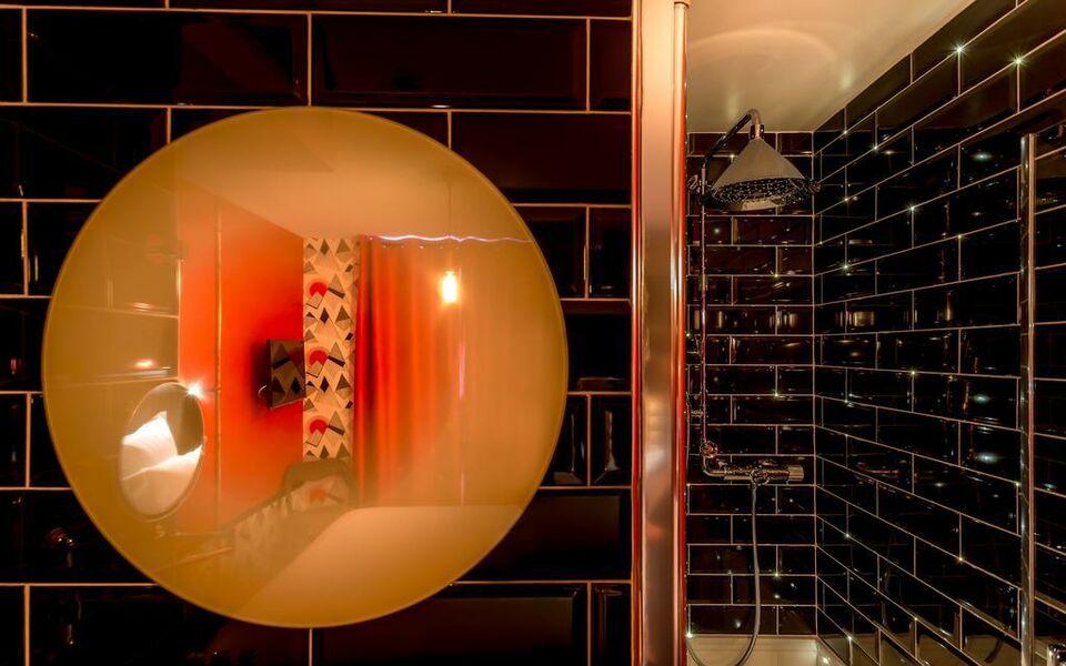 h tel exquis by elegancia parigi francia. Black Bedroom Furniture Sets. Home Design Ideas