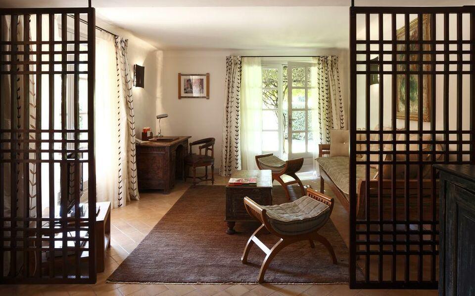Hostellerie de l 39 abbaye de la celle ch teaux h tels for Boutique hotel collection