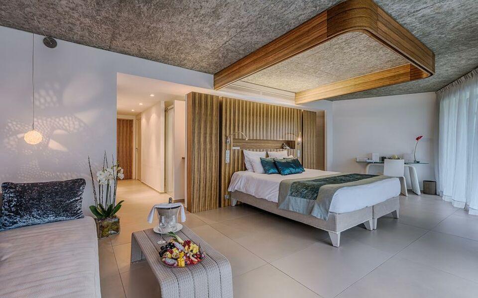 Cap d 39 antibes beach hotel a design boutique hotel juan for Ma boutique hotel