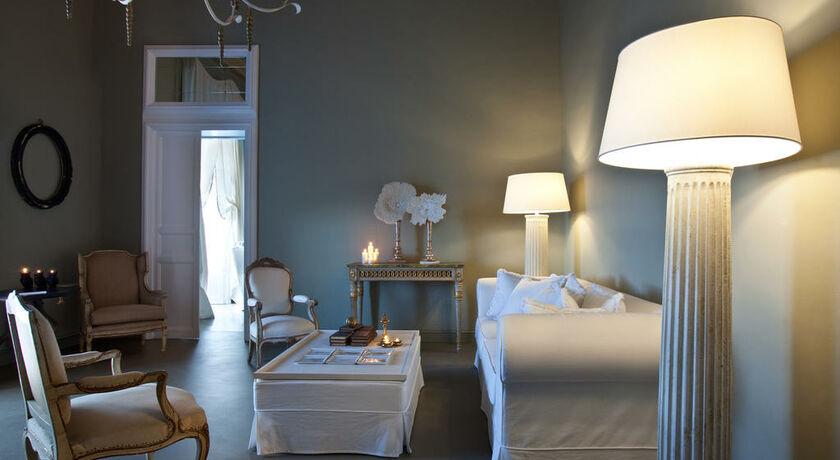 Seven rooms villadorata noto italie my boutique hotel - Chambre double standard ...