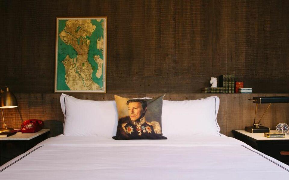 Kimpton palladian hotel a design boutique hotel seattle for Kimpton hotel decor