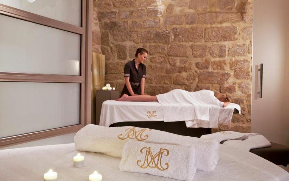 la maison d 39 uz s relais ch teaux uzes france my boutique hotel. Black Bedroom Furniture Sets. Home Design Ideas