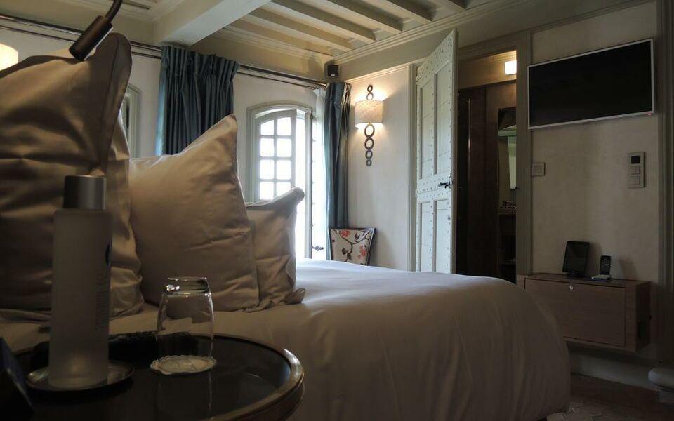 la maison d uz 232 s relais ch 226 teaux a design boutique hotel uzes